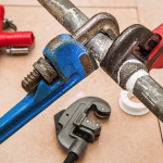What to Do If You're Experiencing Problems with Plumbing
