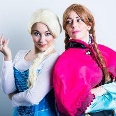 Duo-Elsa-and-Anna.jpg