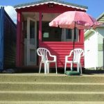 LOVELY BEACH HUT FOR HIRE FRONT ROW
