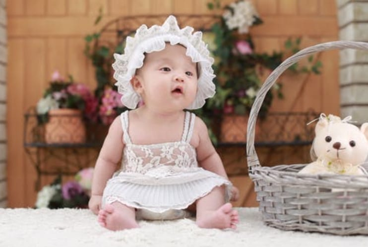 Parent's Guide to Buying Baby Clothes
