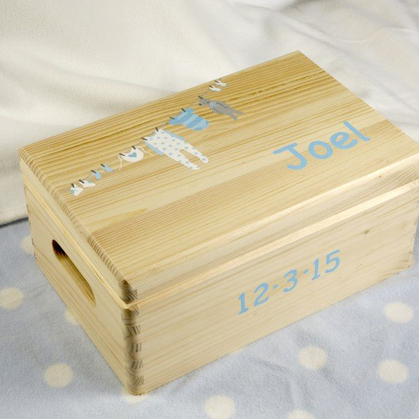 Baby Keepsake Box: large, blue washing line.