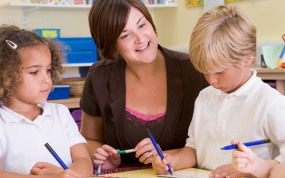 Want to work school hours? Train to become a teaching assistant