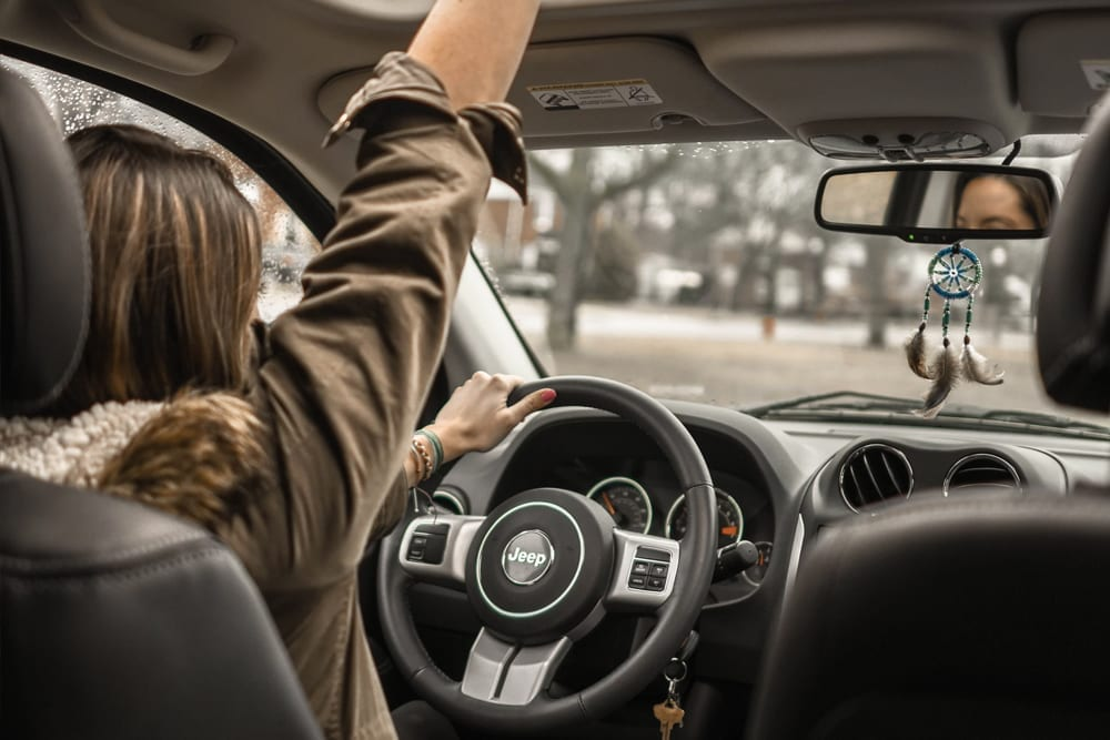 4 Tips for Purchasing the Right First Vehicle for Your Child