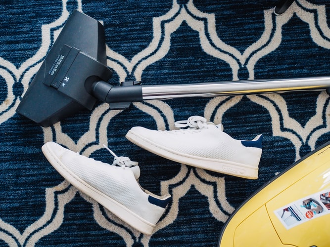 Carpet Maintenance: 6-Step Cleaning Process