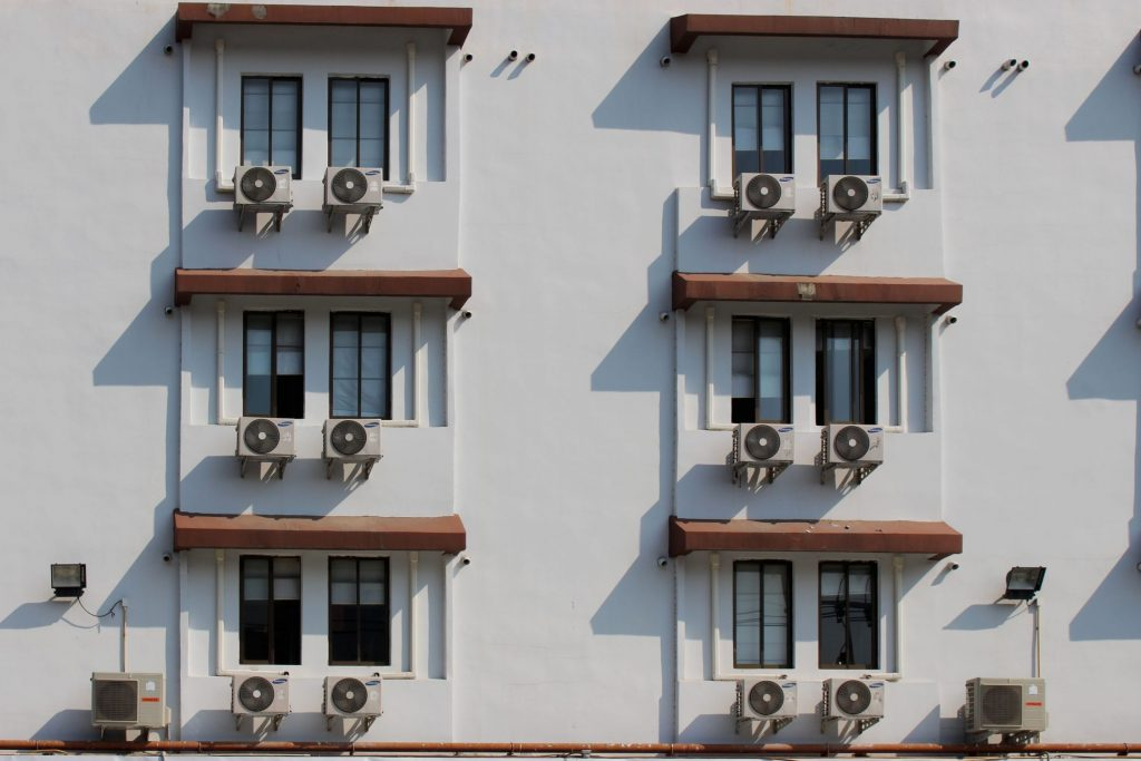 7 Air Conditioning Issues You Shouldn't Ignore