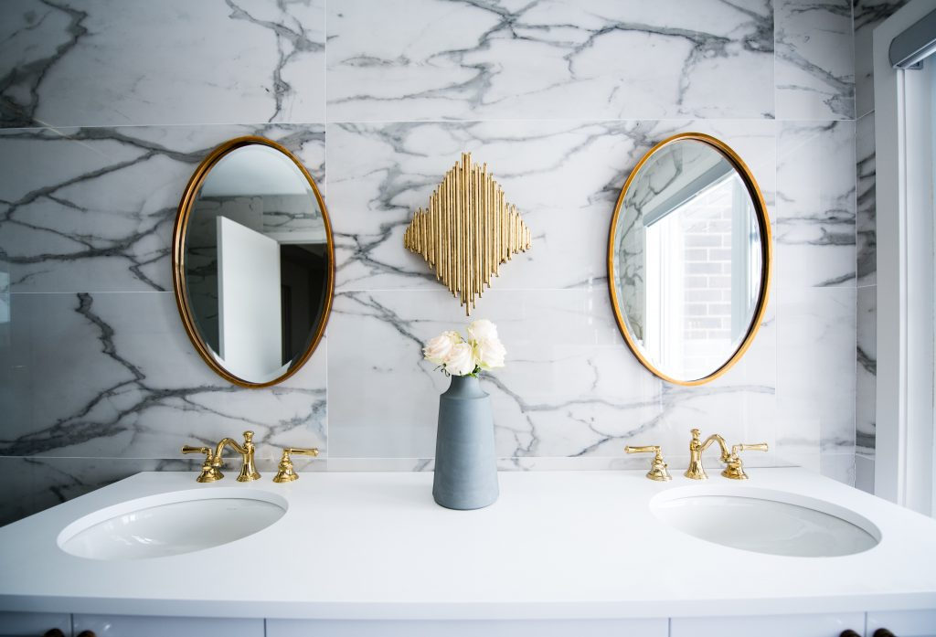 How to Make Your Bathroom Cosier and More Comfortable