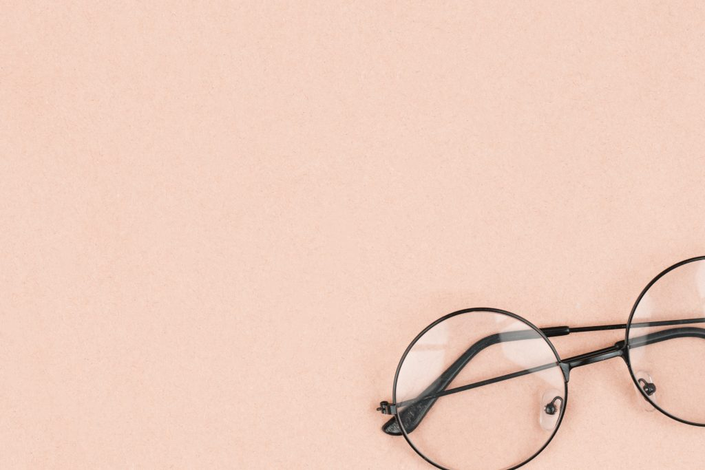 Planning your glasses on a budget (how many pairs is the bare minimum?)