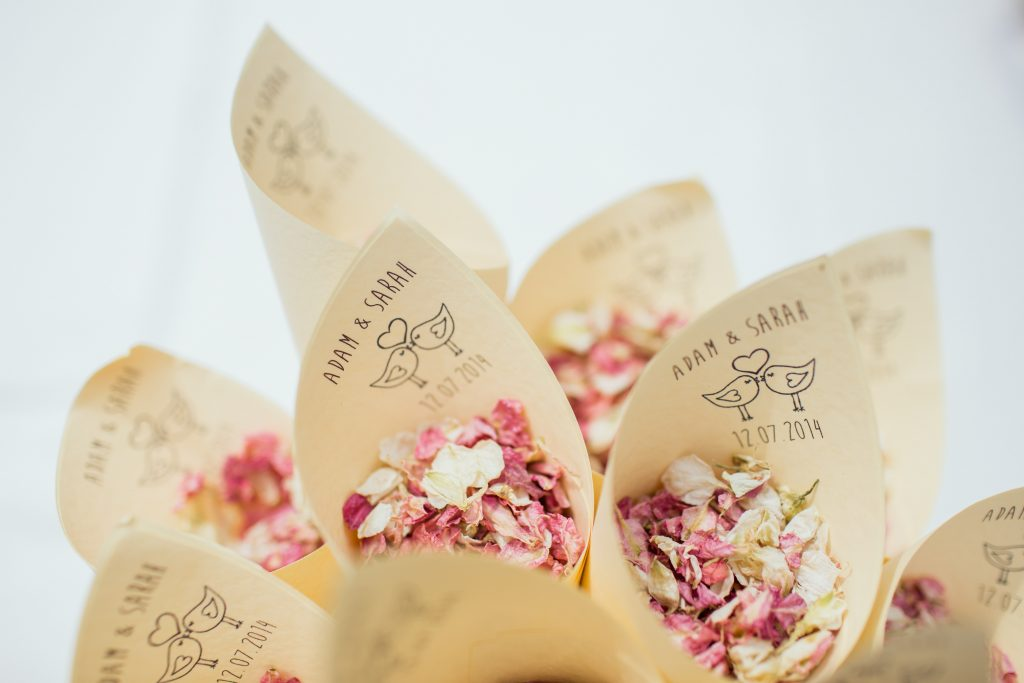 Five Fun Wedding Favours That You Can Gift Your Wedding Guests